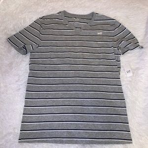 GAP stripped grey v neck men shirt